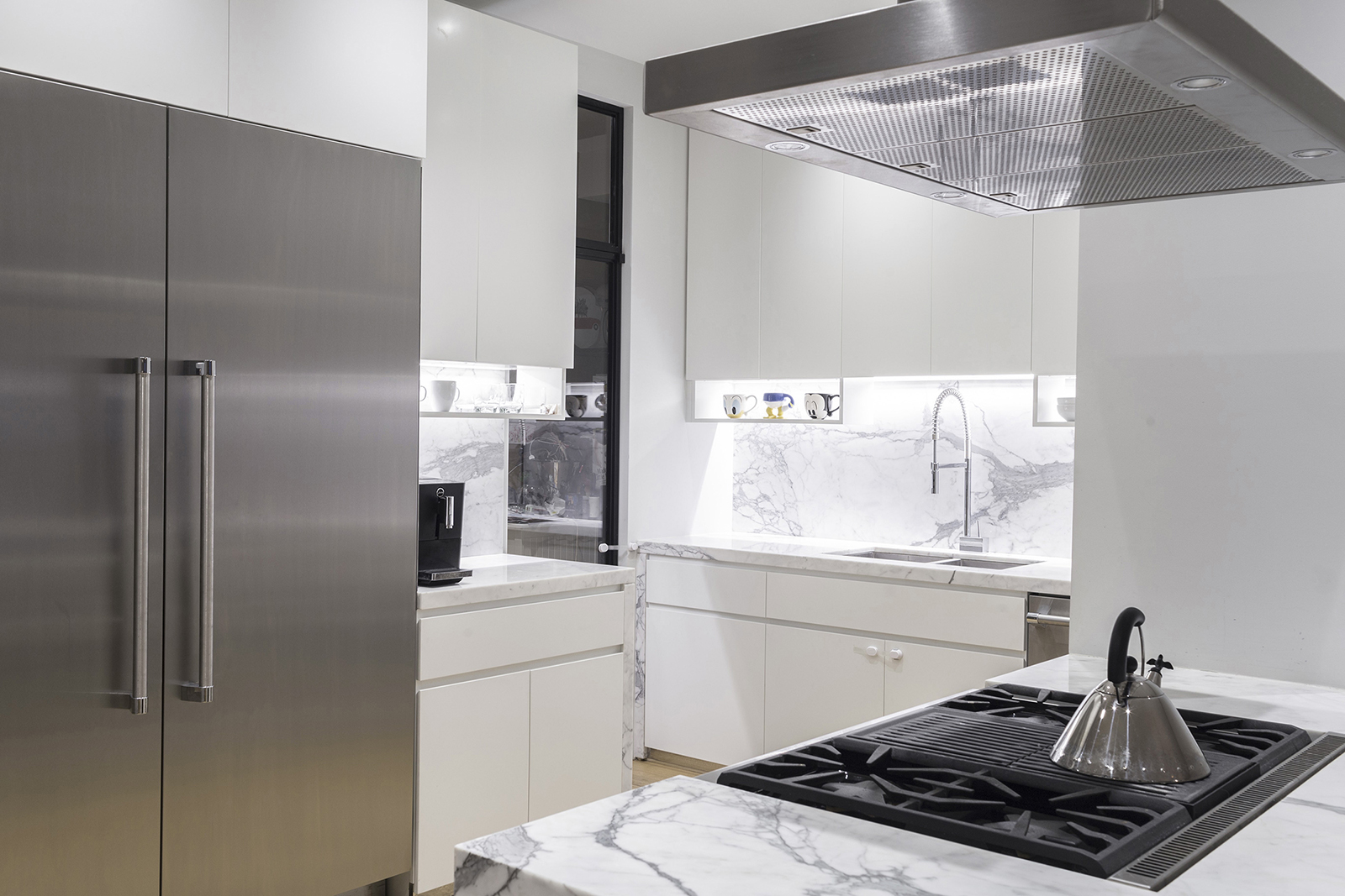 2-Downtown Residence-kitchen